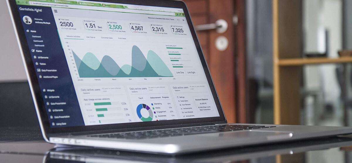 Laptop displaying important e-commerce metrics
